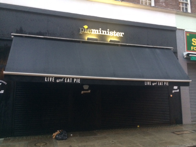 Awning Cleaning in Islington, East Finchley, Finchley Central, NW6